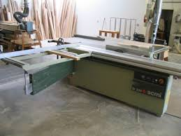 new sliding table saw photos007 jpg
