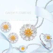 2019 popular daisy pendant jewelry sets s925 pure silver earring flower necklace high quauty ring bracelet fresh pendant daisy jewelry set from