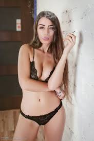 Sexy Brunette Anna Zapala Smokes Poses And Strips Naked For You The Fappening