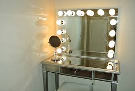 Catchy Make Up Vanity Lights See Yourself Clearly Lighted Makeup Mirrors  Blake Lockwood Medium