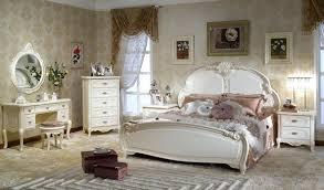 vintage look bedroom furniture. Contemporary Look Vintage  In Vintage Look Bedroom Furniture O