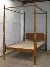 An antique four poster bed from New Hampshire sans ropes | Antique ...