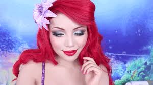 see this woman transforms herself into ariel from the little mermaid