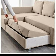 couch with pull out bed underneath