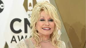 Dolly Parton feiert mit besonderem Outfit den Independence Day