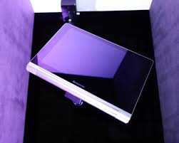 <b>Планшет</b>-трансформер <b>Yoga Tablet</b>