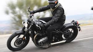 stylish 2017 triumph bonneville bobber specs reviews youtube