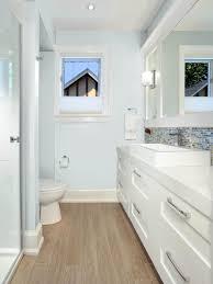 Coastal Bathrooms | HGTV