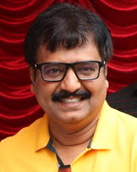 Vivek is an indian film actor, comedian, television personality, playback vivek height, vivek weight, vivek age, vivek wife, vivek family, vivek wiki, vivek biography, vivek affair, vivek profile. Vivek Age Photos Family Biography Movies Wiki Latest News Filmibeat