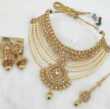 Amazing ideas indian bridal jewellery designs Bridal Lehenga Best 25 Indian Bridal Jewelry Sets Ideas On Pinterest Gold Bridal Intended For Amazing Gold Wedding Wedding Ideas Amazing Gold Wedding Jewelry Sets For Bridesmaids Wedding Ideas