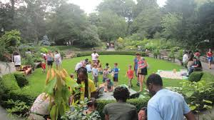 image for must do brooklyn botanic garden article