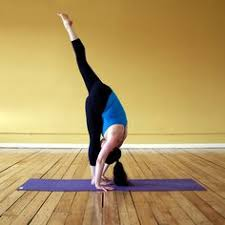 inflexible splits. standing split inflexible splits