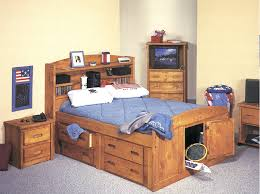 Palomino Captains Bed