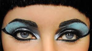 she had much more effective wonderful eyes and cleopatra s famous eye make up was to actually close the eye infection