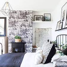 How to wallpaper a chimney breast ...