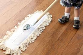How to Quickly Clean Hardwood Floors