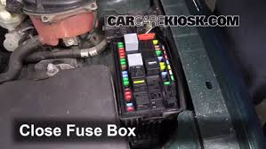2002 jaguar x type 3 0 fuse box diagram 2002 image replace a fuse 2002 2008 jaguar x type 2005 jaguar x type 3 0l on 2002