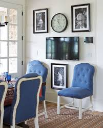Hide your tv Flat Screen On Gallery Wall Tulip And Turnip Ways To Hide Your Tv In Plain Sight