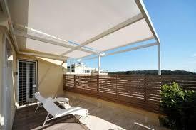 Tende veranda per balconi: tende da sole e protezioni di chiusura