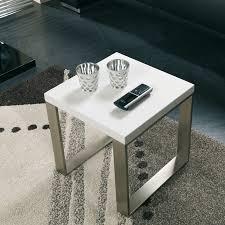 Table d'appoint carrée laquée Alaska - Tables d'appoint design