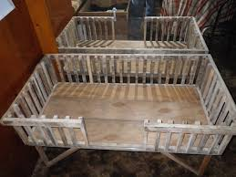 quick and dirty guinea pig cage from pallets