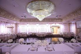 chandeliers chandelier banquet hall paradise banquet conference centre crystal chandelier reception hall new orleans