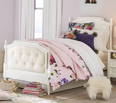 tufted bed. Blythe Tufted Bed - Vintage Simply White