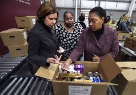 Hartford HealthCare, state Department of Social Services and Foodshare  partner to provide elderly with healthy meals - Hartford Courant