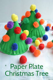 Christmas Crafts For Kids  Easy Christmas Wreath For Toddlers Christmas Paper Plate Crafts