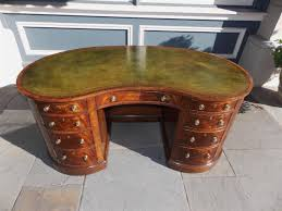 american regency walnut leather top kidney desk circa 1780 in excellent condition for in