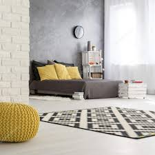 Grau Gelbe Schlafzimmer Design Stockfoto Photographeeeu 128088946