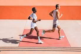 Wie verbinde ich meine Nike Run Club App und Nike Training Club App  miteinander?
