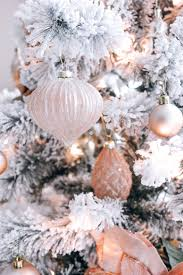 Pink White And Gold Christmas Aesthetic ...
