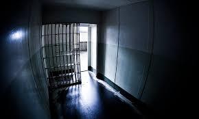 Izraelben szabadon engedtek közel ezer rabot a börtönök zsúfoltsága miatt