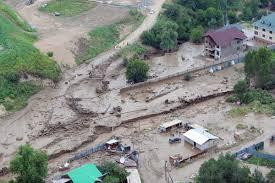 Алматы залило грязью сошел селевый поток фото видео  Сход сели в Алматы