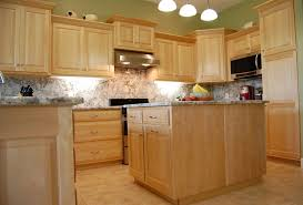 maple kitchen cabinets ideas