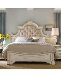 tufted upholstered bed. Hooker Furniture Sanctuary Tufted Upholstered Bed, Size: King Bed T