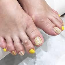 ビタミンカラーフットネイル 表参道青山恵比寿の美容院美容室
