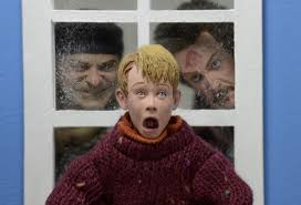 Small Picture Home Alone 8 Clothed Action Figures Kevin and Wet Bandits