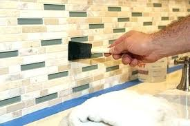tile and grout sealer applying