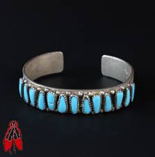 beautiful turquoise vine navajo row cuff bracelet sterling silver old jewelry