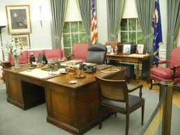 the oval office desk. Harry S. Truman Library And Museum: Truman\u0027s Oval Office Desk The Oval Office