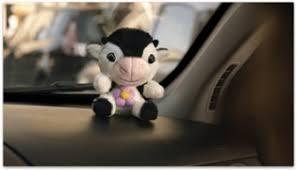 Spot UnipolSai, mucca parlante: con quello che risparmi le regali qualcosa di più bello
