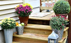 small porch decorating ideas for fall