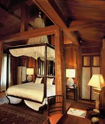 Pine Wooden Canopy Bed For Classic Romantic Bedroom Decorating Style ...