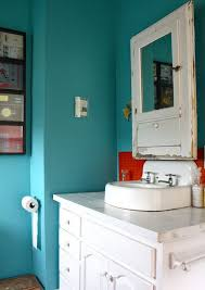 bathroom wall paintDifference between wall paint and ceiling paint
