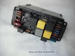 mercedes benz w203 w209 c class clk sam unit control module fuse mercedes benz w203 w209 c class clk sam unit control module fuse box 5dk 007 973 20 2035451701 2035451701