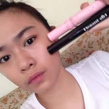 i used a mascara that i got from china which is elegant in the picture i show 2 mascaras the other one is from etude house i curled my non existent