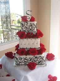 White Black And Red Roses Wedding Cake Fairy Tales Can Come True
