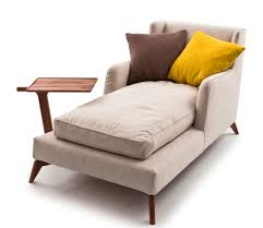 Reclining chaise lounge
